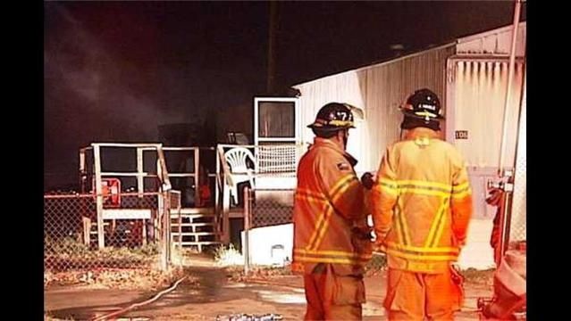 Early Morning Mobile Home Fire in North Lubbock