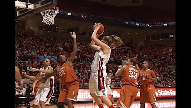 Lady Raiders Sneak Past Texas, 75-71