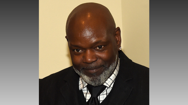 Emmitt Smith to Speak at Mentor Tech's 15th Annual Banquet