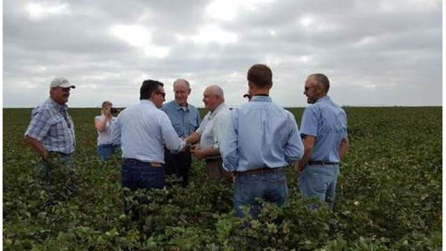 Sen. Cruz Promotes Economic Growth and Texas Agriculture in West Texas Visit