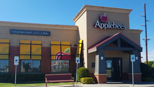 Applebee's NW Lubbock Location Closed Suddenly