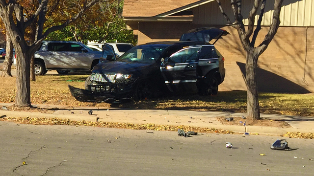Police Chase Ends with Crash in NW Lubbock Friday Morning