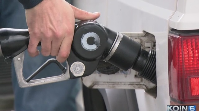 Oregonians Come to Terms with Pumping Their Own Gas