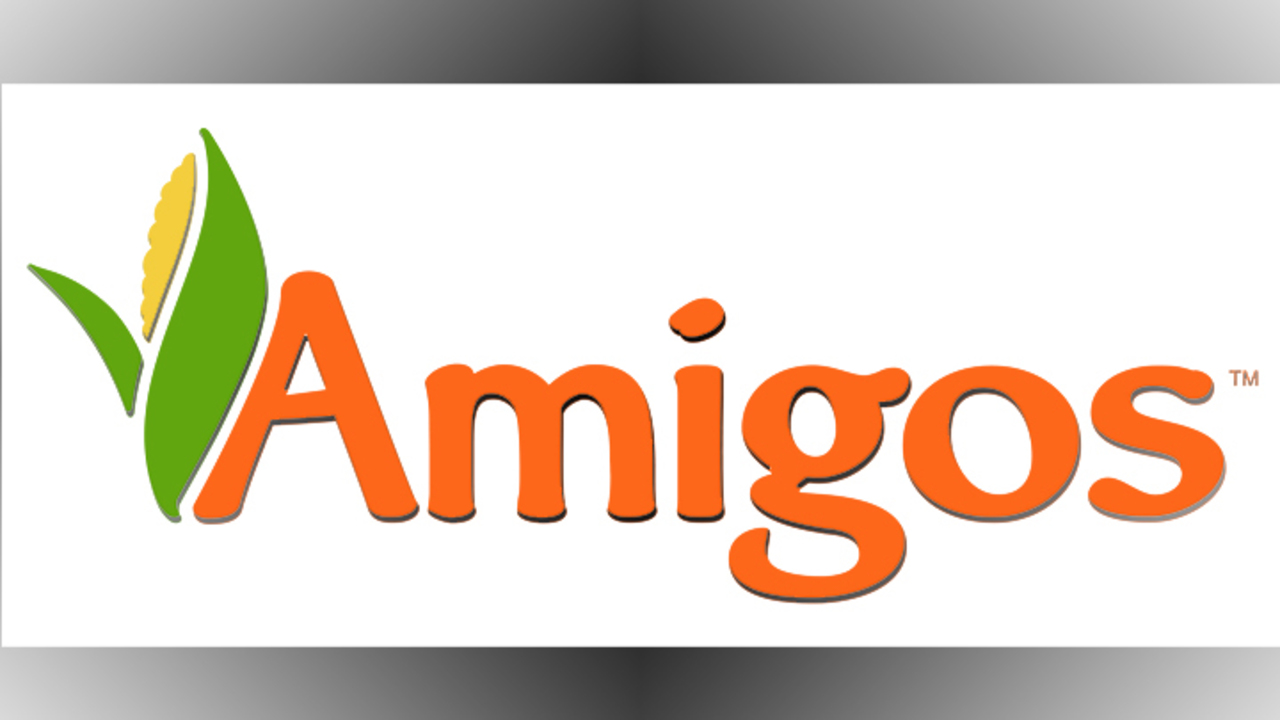 Santa Claus is Coming to Amigos This Weekend