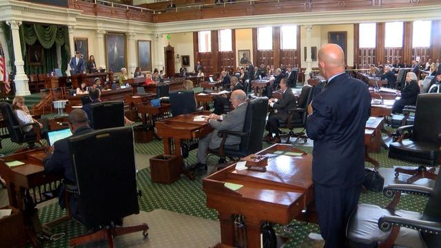 Which Texas Lawmakers Are the Most and Least Active on Facebook