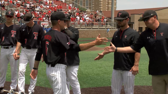 Texas Tech Wins Game One of Super Regional Against Duke, 6-4