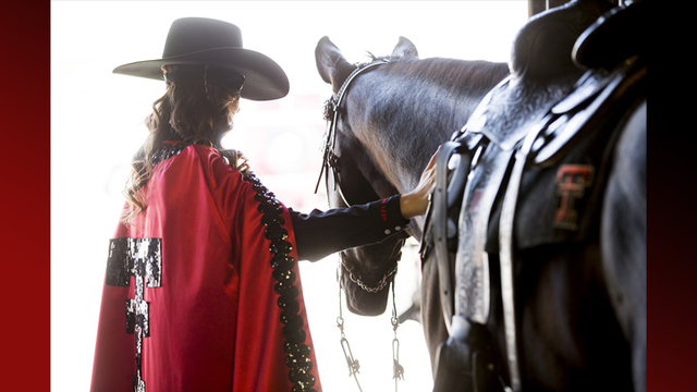 New Texas Tech Masked Rider unveiled at transfer of reins ceremony
