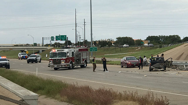 Update: Multi-vehicle crash shuts down portions of Interstate 27 in South Lubbock Saturday