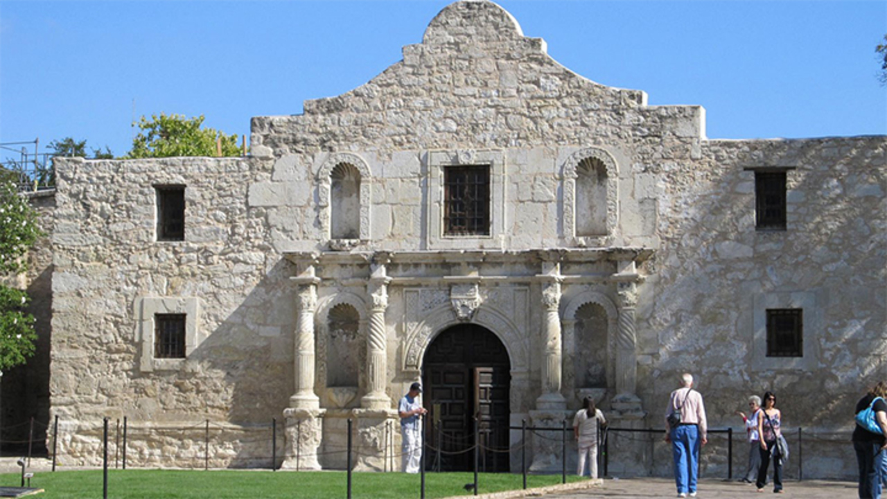 Competing cemetery proposals could impact Alamo plans